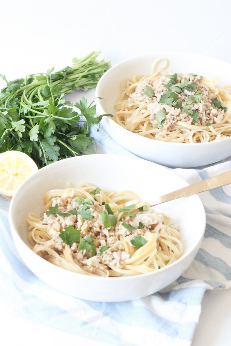 Weeknight Linguine with Clams